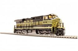 N Scale GE ES44AC Nickel Plate Road Heritage Paint No.8100 - 3544